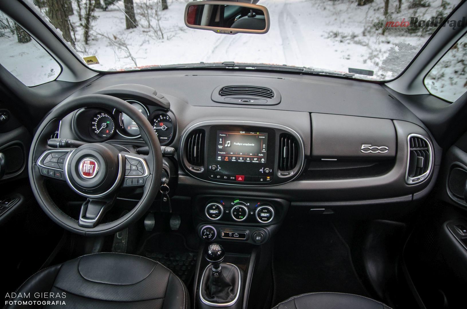 500L TR 24 Test: Fiat 500L Trekking 1.6 MultiJet 120 KM   dobry kompan, choć mało w nim emocji