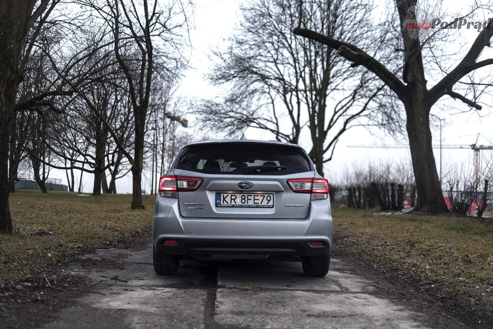Subaru Impreza 21 Test: Subaru Impreza 2.0 AWD 156 KM   w dobrą stronę