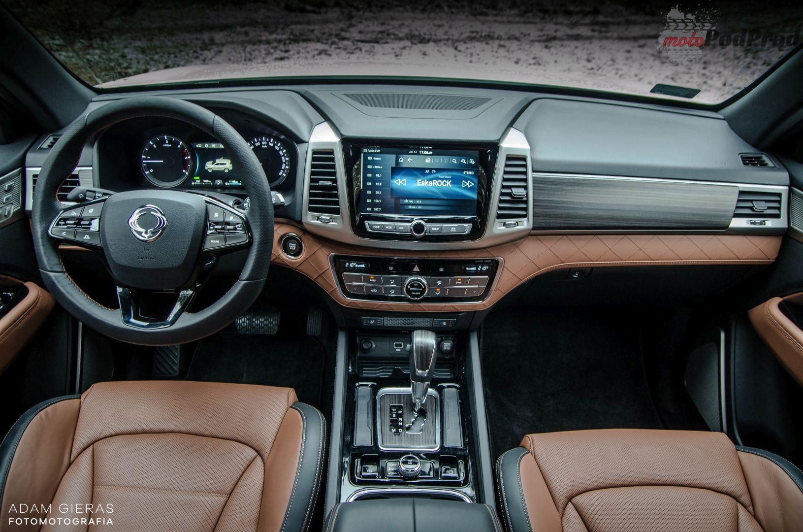 ss rexton 12 Porównanie: SsangYong Rexton G4 2.2d kontra Jeep Grand Cherokee 3.0 CRD