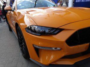 Nowy Ford Mustang 5 300x225 X Zlot Mustang Klub Polska czyli stare i najnowsze Mustangi