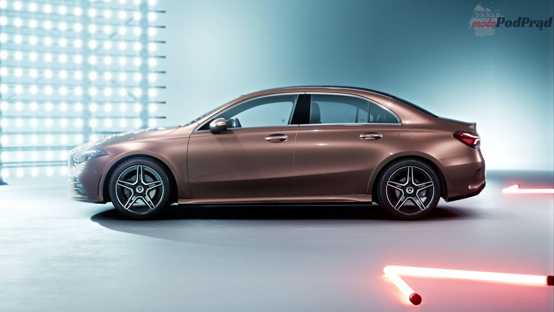 mercedes a class sedan long wheelbase chinese market Motoryzacyjny świat kłania się Chińczykom
