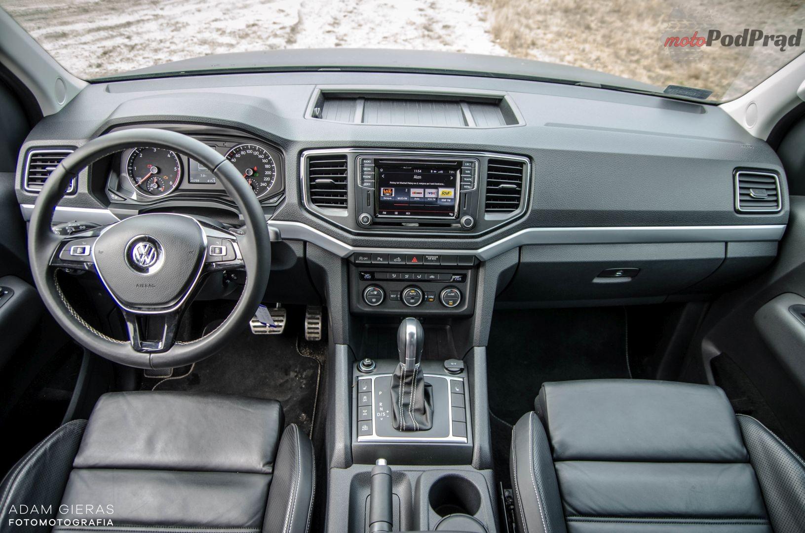 vw amarok 17 Test: Volkswagen Amarok 3.0 V6 TDI Aventura – pakt z wilkami