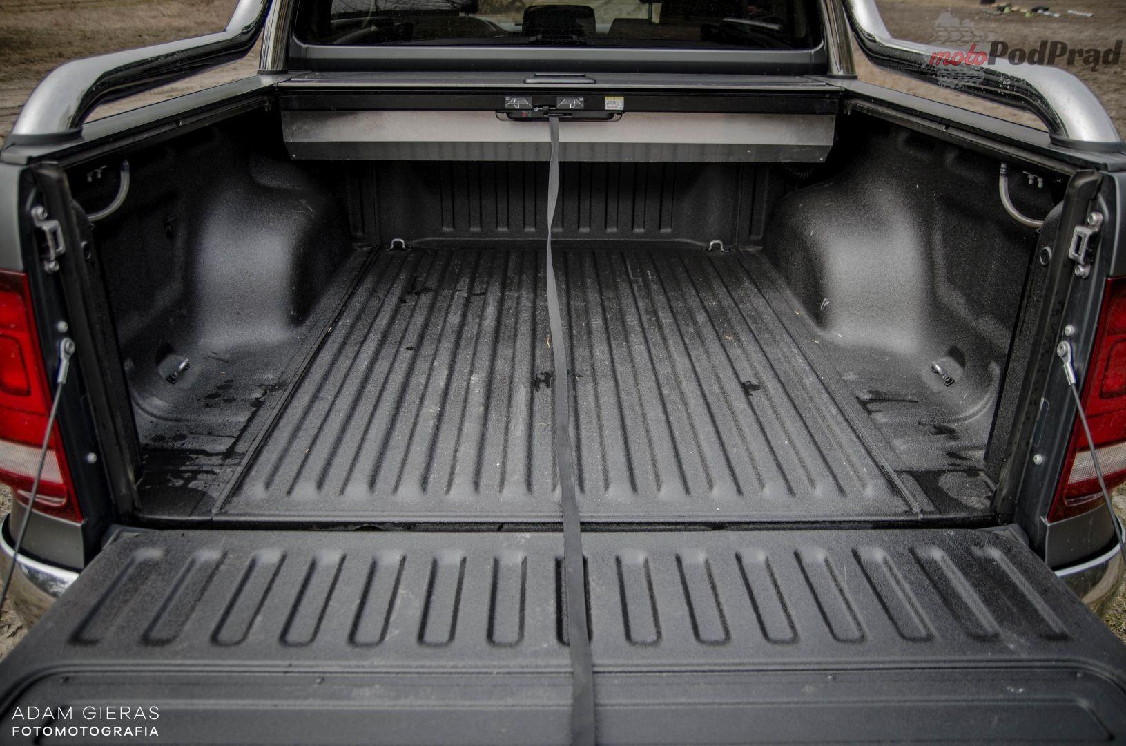vw amarok 7 Test: Volkswagen Amarok 3.0 V6 TDI Aventura – pakt z wilkami