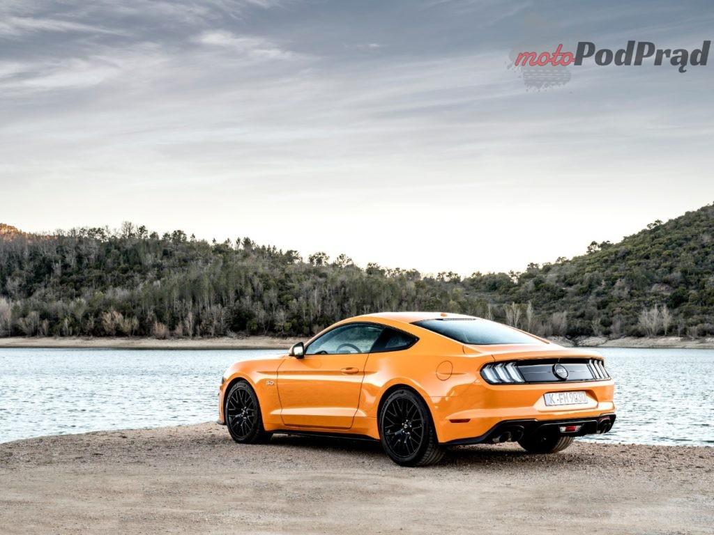 Mustang Orange Fury 004 1 1024x768 TOP 10   najtańsze nowe 400 KM