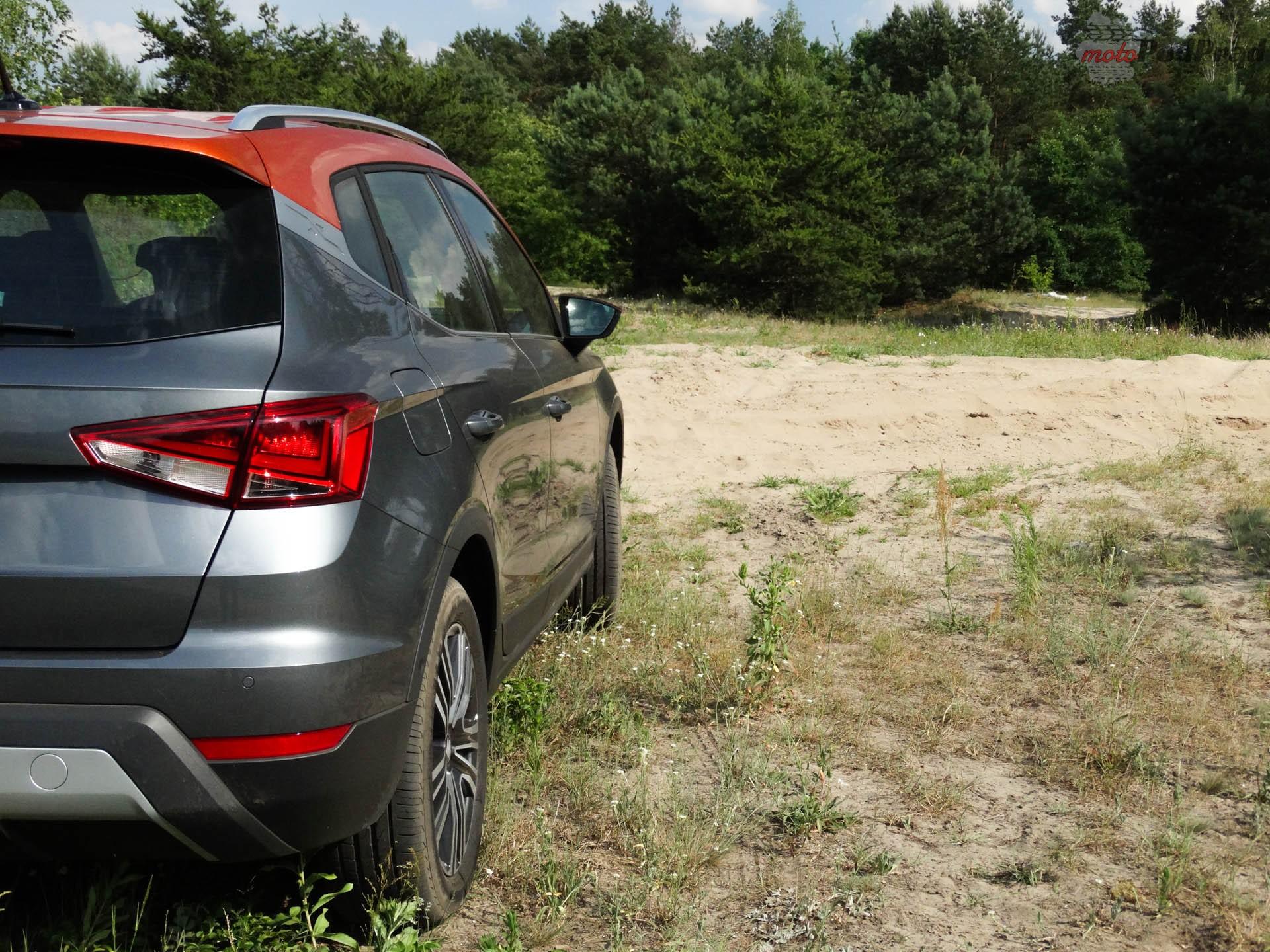 Seat Arona 9 Porównanie: Hyundai Kona 1.0 kontra Seat Arona 1.0