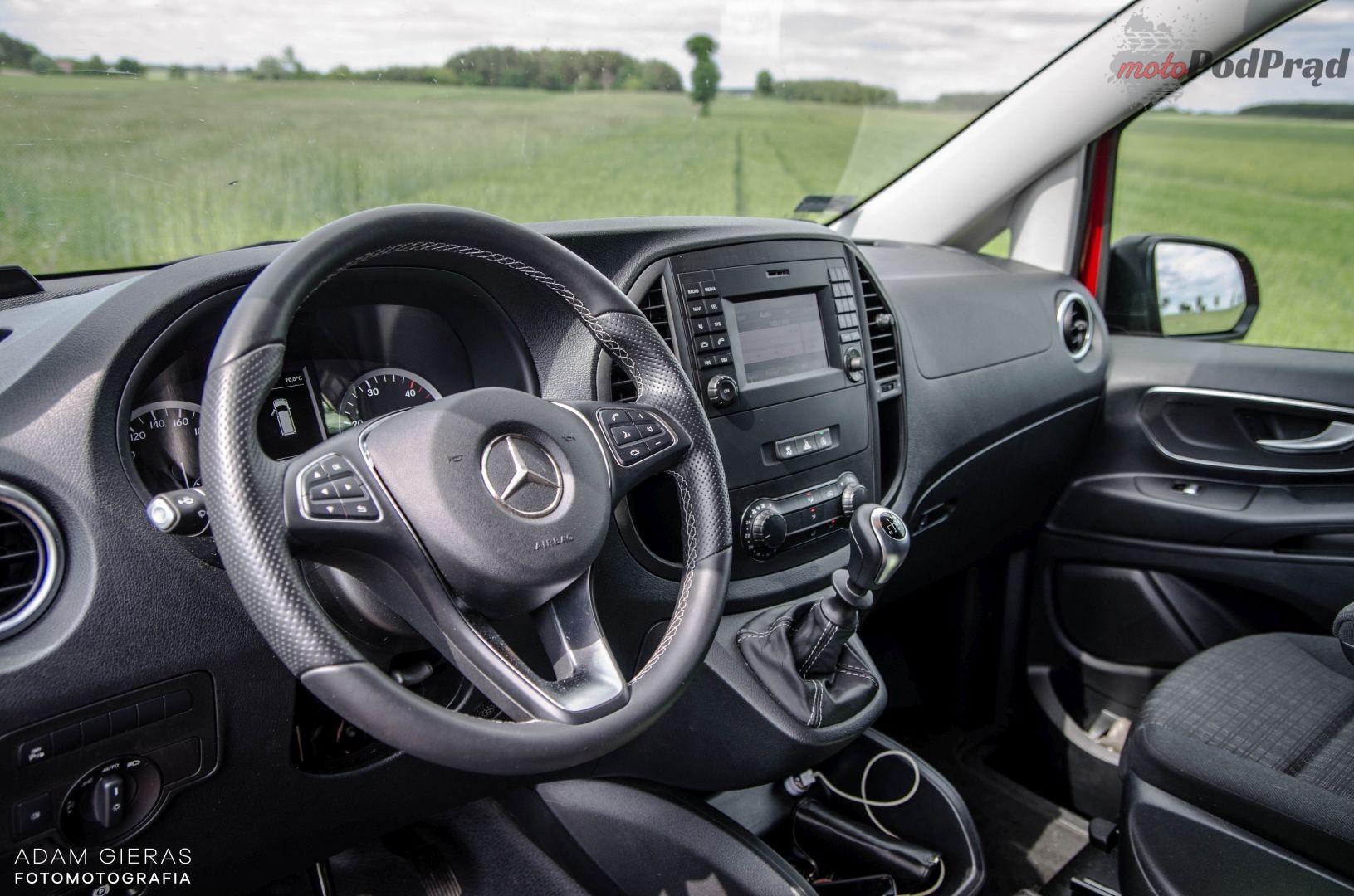vito 14 Test: Mercedes Vito furgon 111 CDI 4×2 –  w czerwieni mu do twarzy