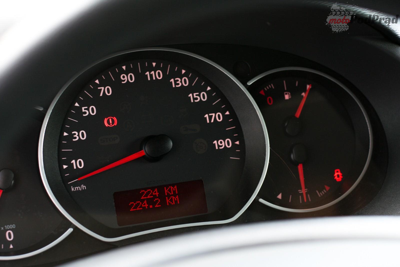DSC 0418 Test: Renault Kangoo Express 1.5 dCi 90 KM   silnik to za mało