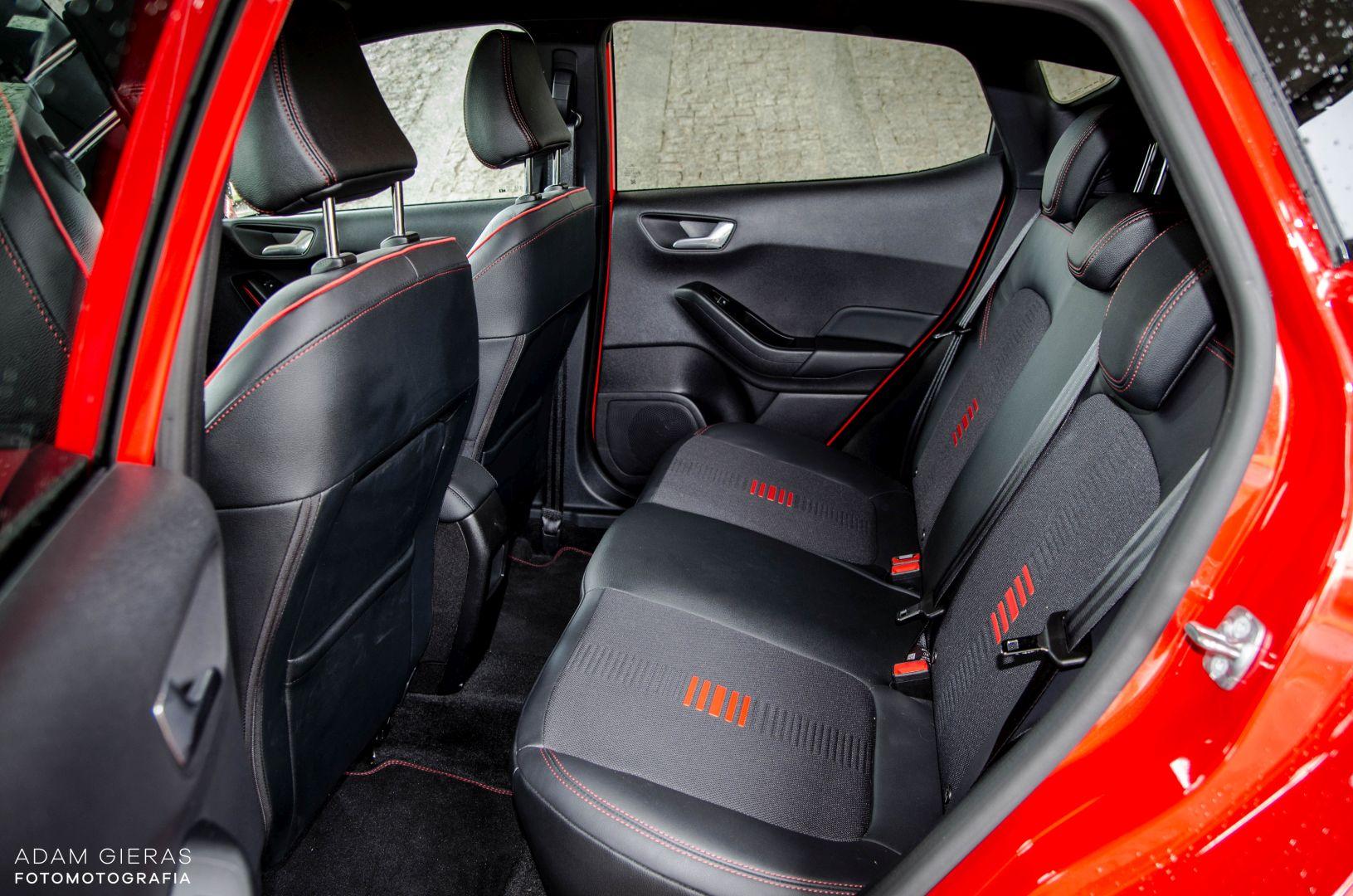 FIESTA ST 22 Test: Ford Fiesta 1.0 Ecoboost ST Line   zwinne cacuszko
