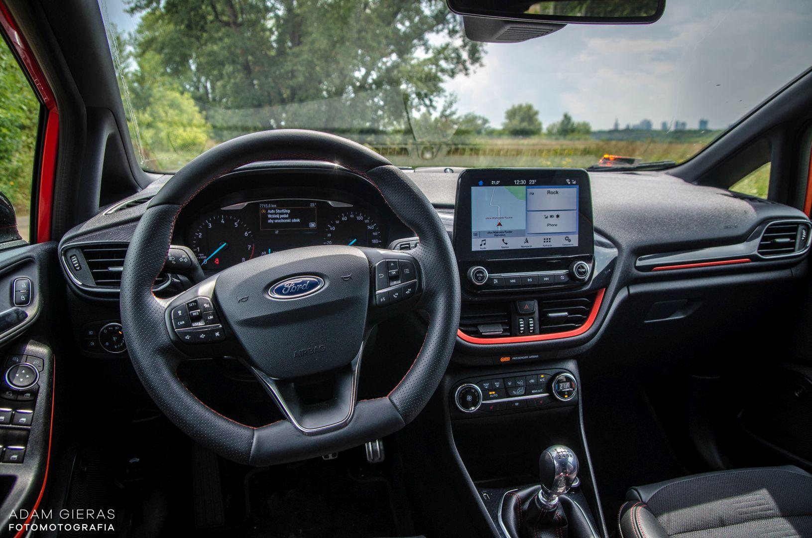 FIESTA ST 38 Test: Ford Fiesta 1.0 Ecoboost ST Line   zwinne cacuszko