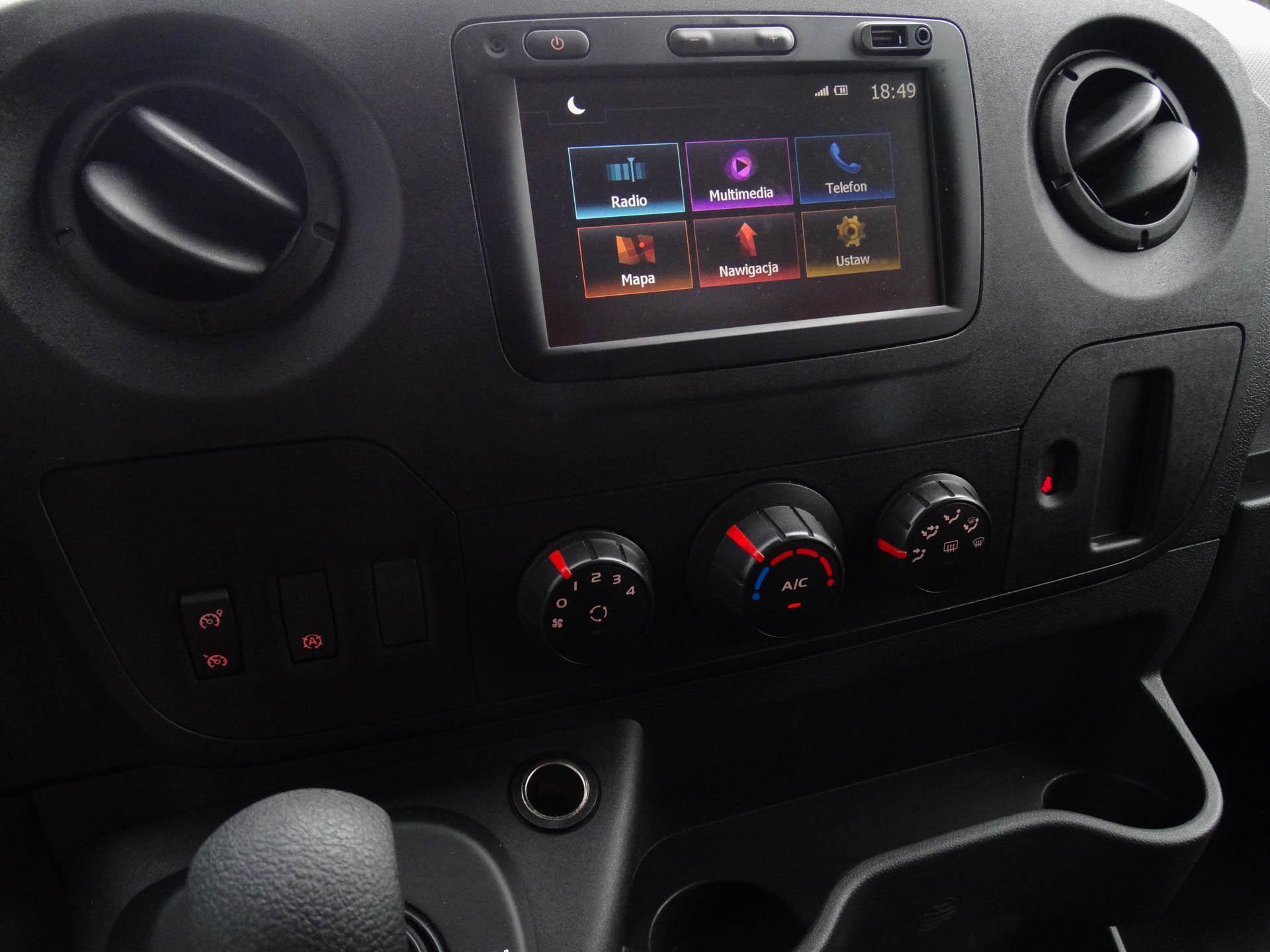 Renault Master 18 Test: Renault Master z windą   czyli jak zostałem busiarzem