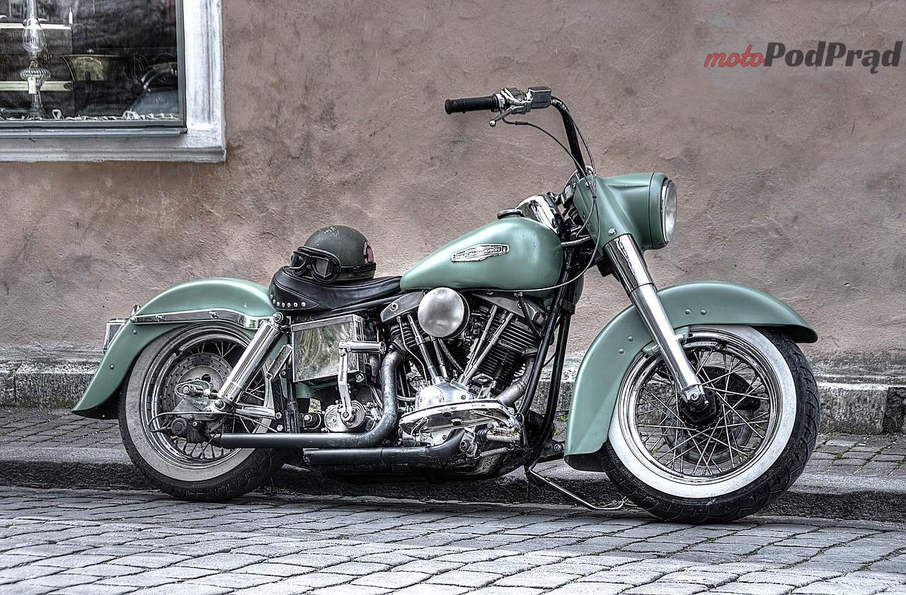 motorbike 861966 1280 Jak wybrać dobry olej dla swojego motocykla?