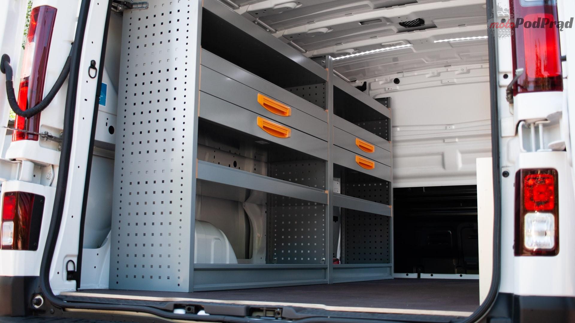 renault trafic 13 Test: Renault Trafic furgon z zabudową Renault Tech – mobilny serwis
