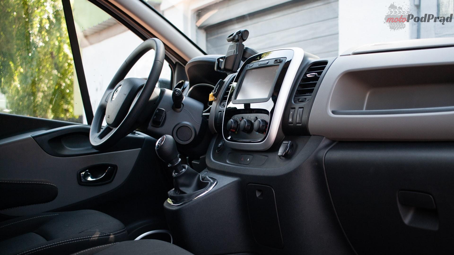 renault trafic 4 Test: Renault Trafic furgon z zabudową Renault Tech – mobilny serwis