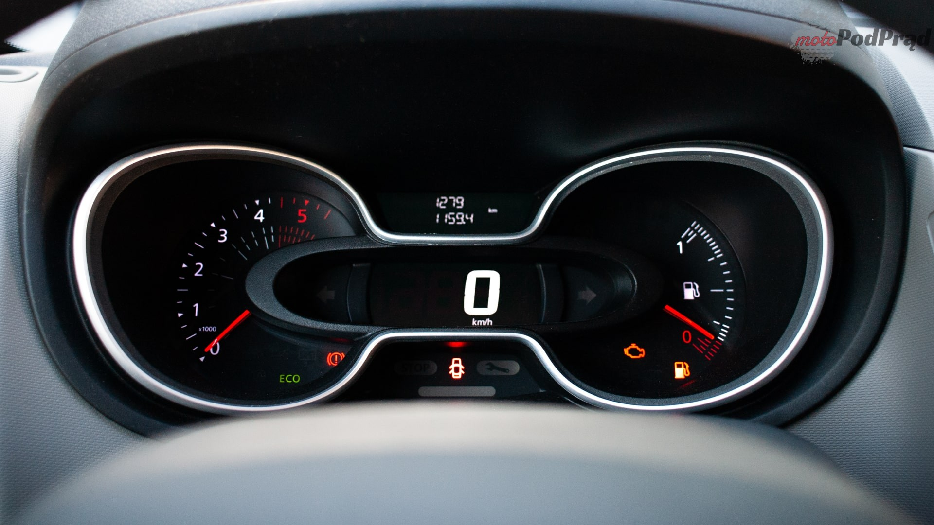 renault trafic 7 Test: Renault Trafic furgon z zabudową Renault Tech – mobilny serwis