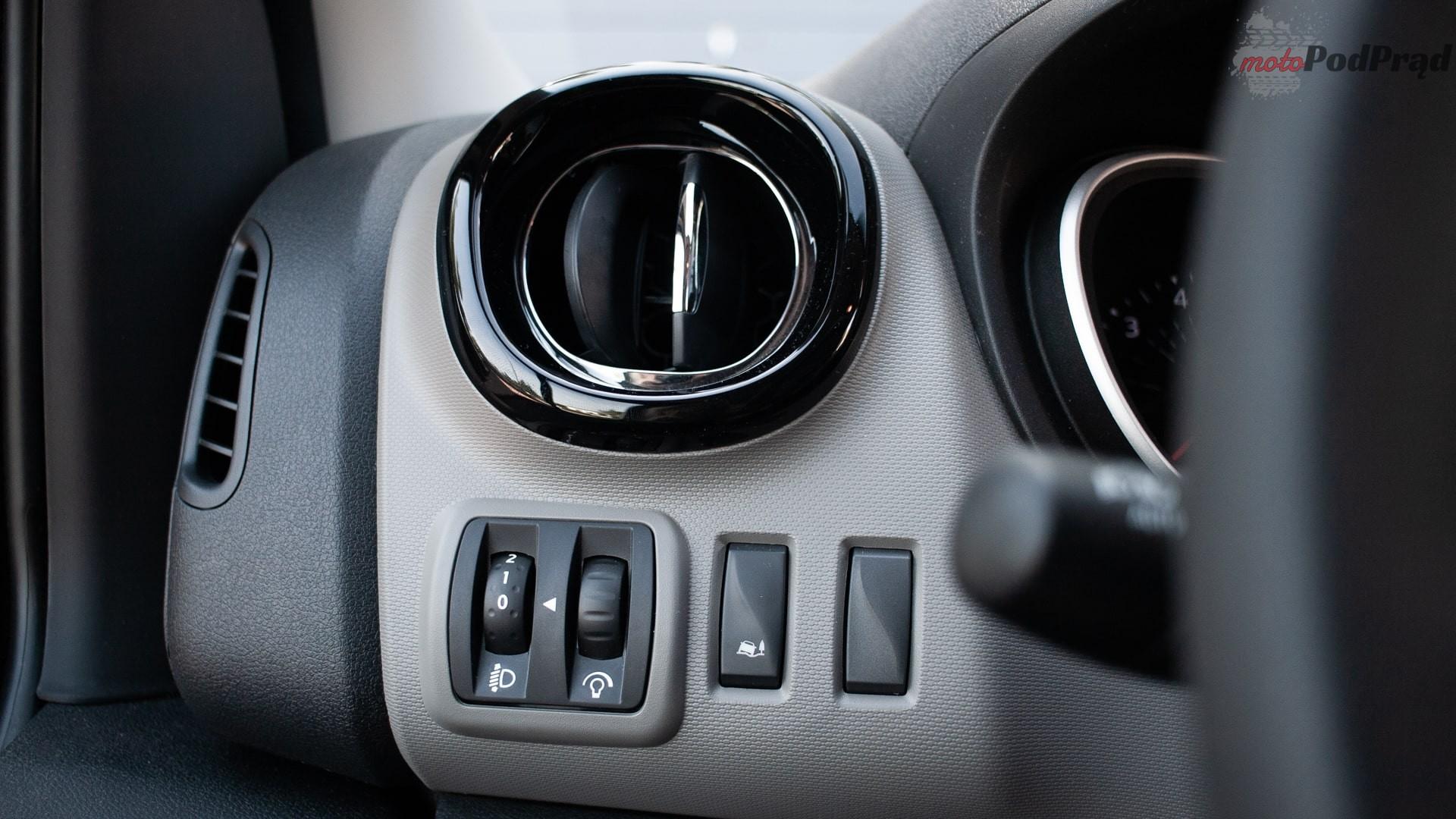 renault trafic 9 Test: Renault Trafic furgon z zabudową Renault Tech – mobilny serwis