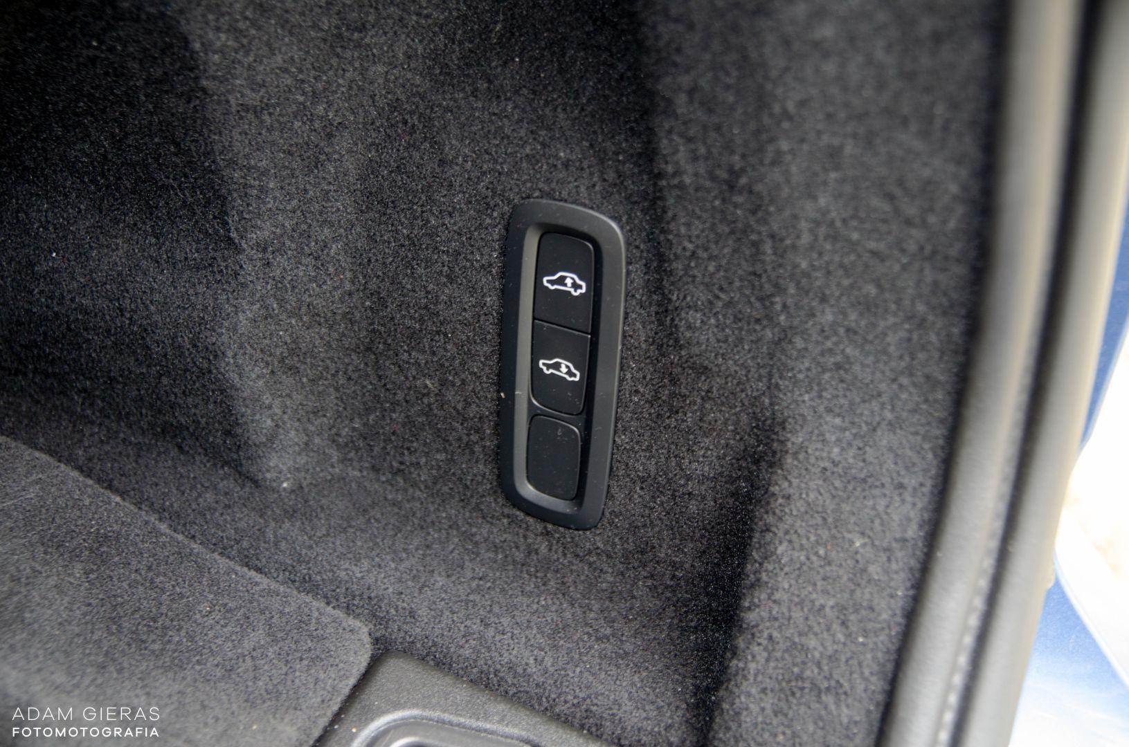 xc60 t8 5 Test: Volvo XC60 T8 R Design   czy taka hybryda w ogóle ma sens?