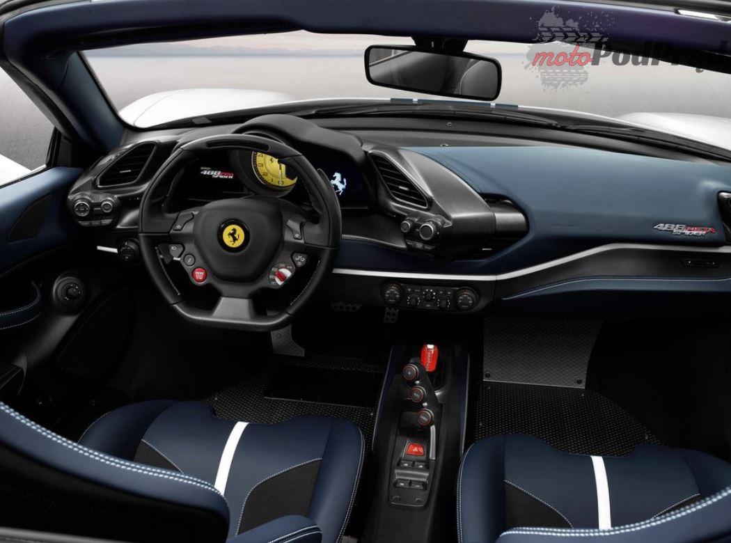 2018 10 03 10 07 32 Ferrari 488 Pista Spider 2019 1024 08.jpg Obraz JPEG 1024 × 768 pikseli Ska Ferrari 488 Pista Spider w Paryżu