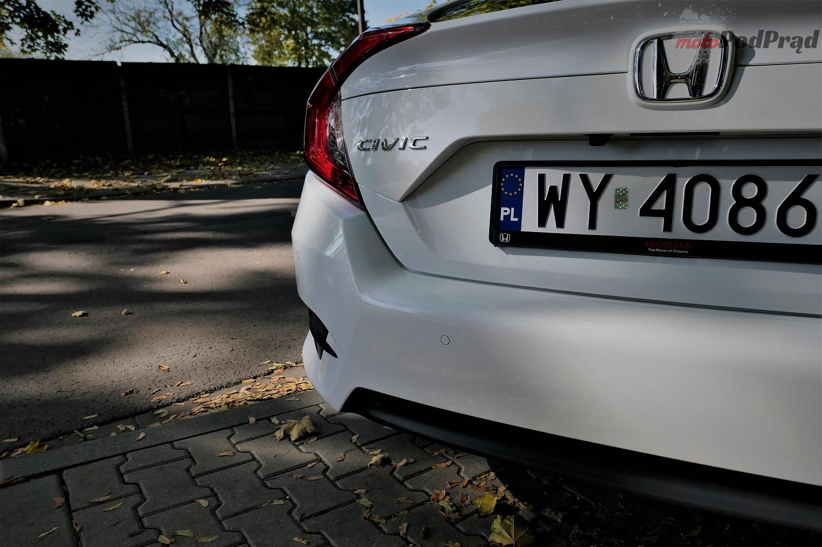Honda Civix X Sedan 15 10 rzeczy, które zaskakują w Hondzie Civic