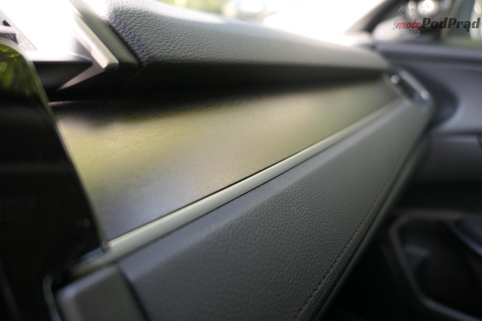 Honda Civix X Sedan 23 10 rzeczy, które zaskakują w Hondzie Civic