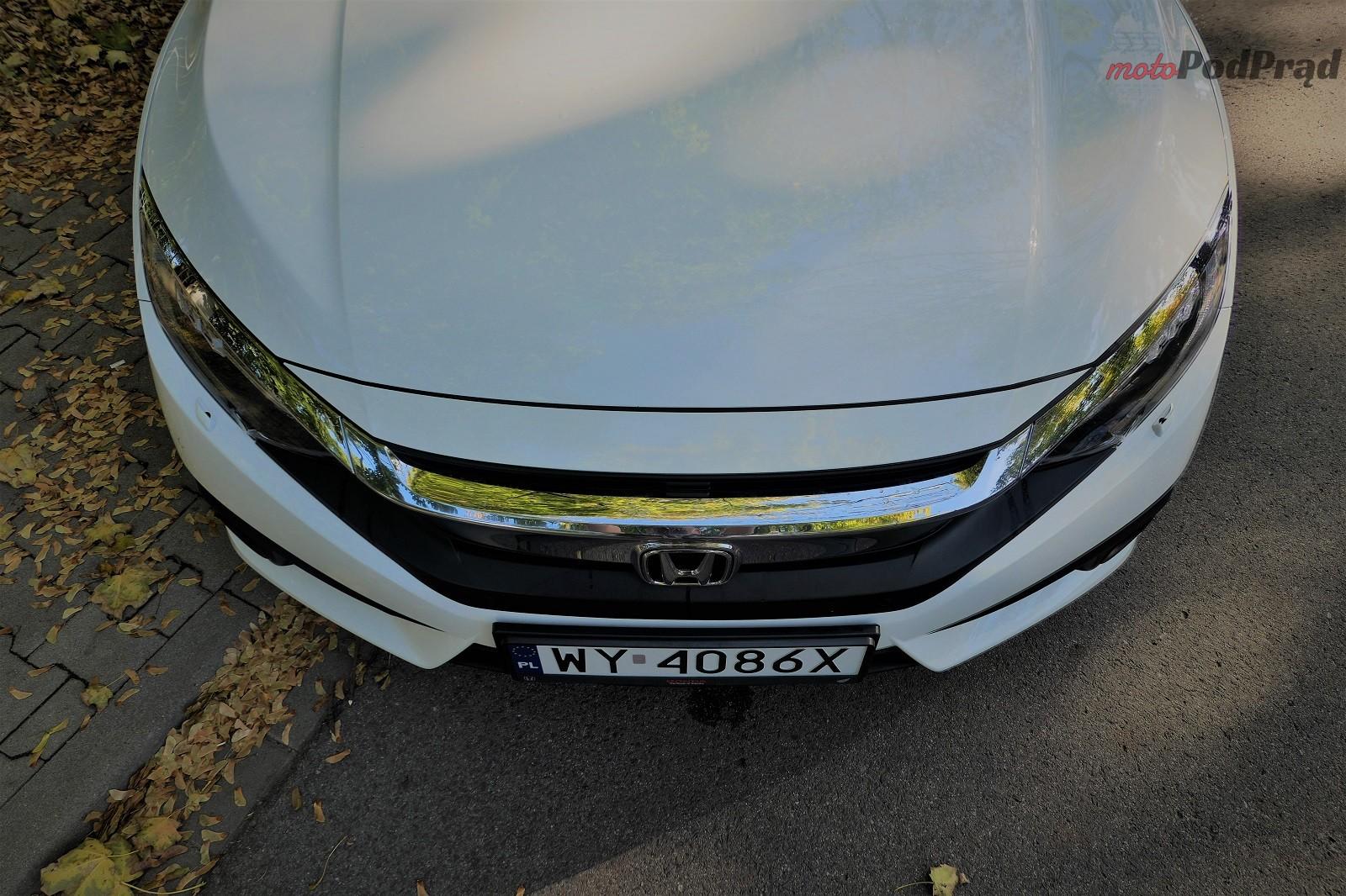 Honda Civix X Sedan 7 10 rzeczy, które zaskakują w Hondzie Civic
