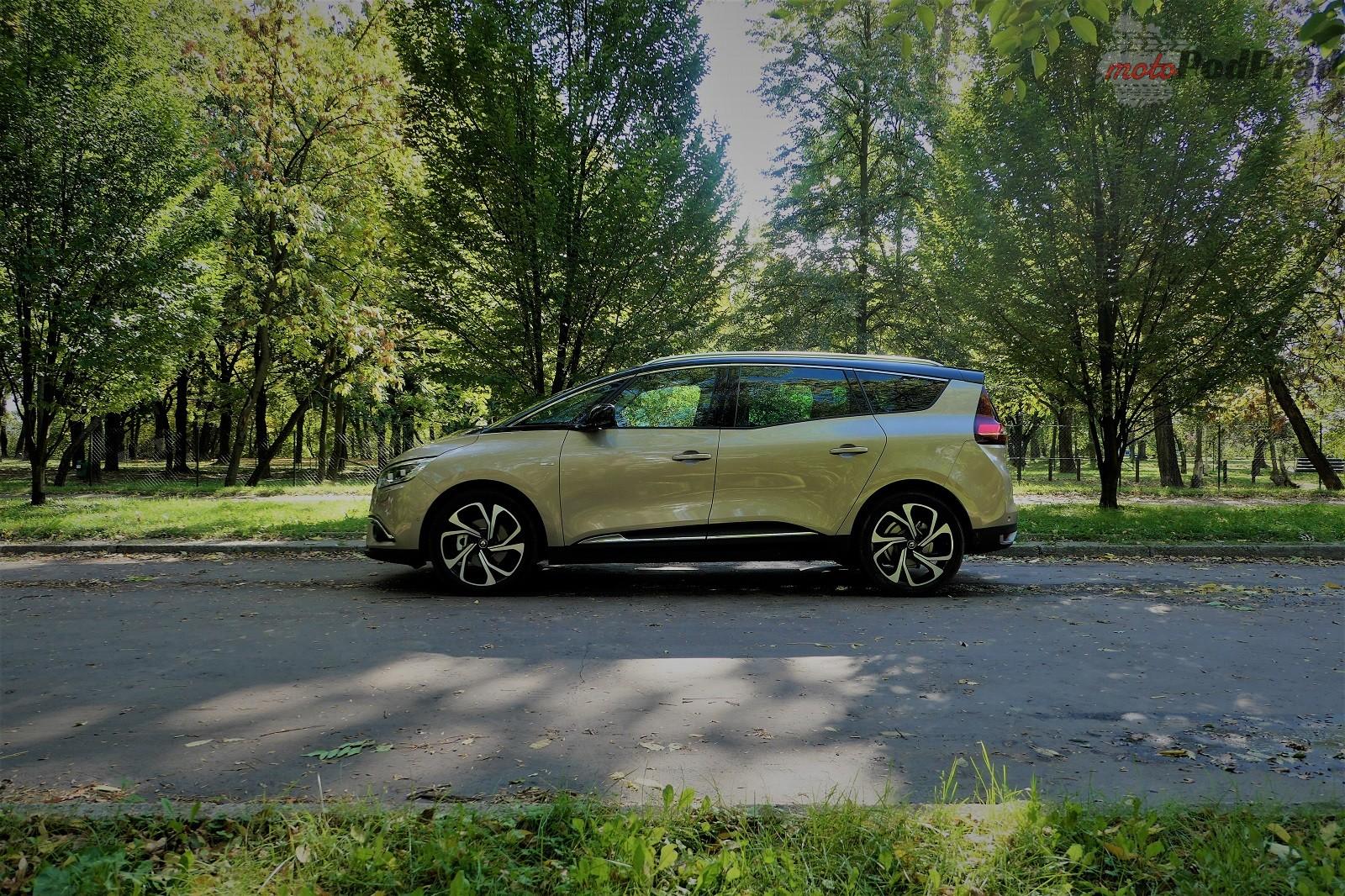 Renault Grand Scenic 1 Test: Renault Grand Scenic 1,3 tCe   wielki tylko ciałem