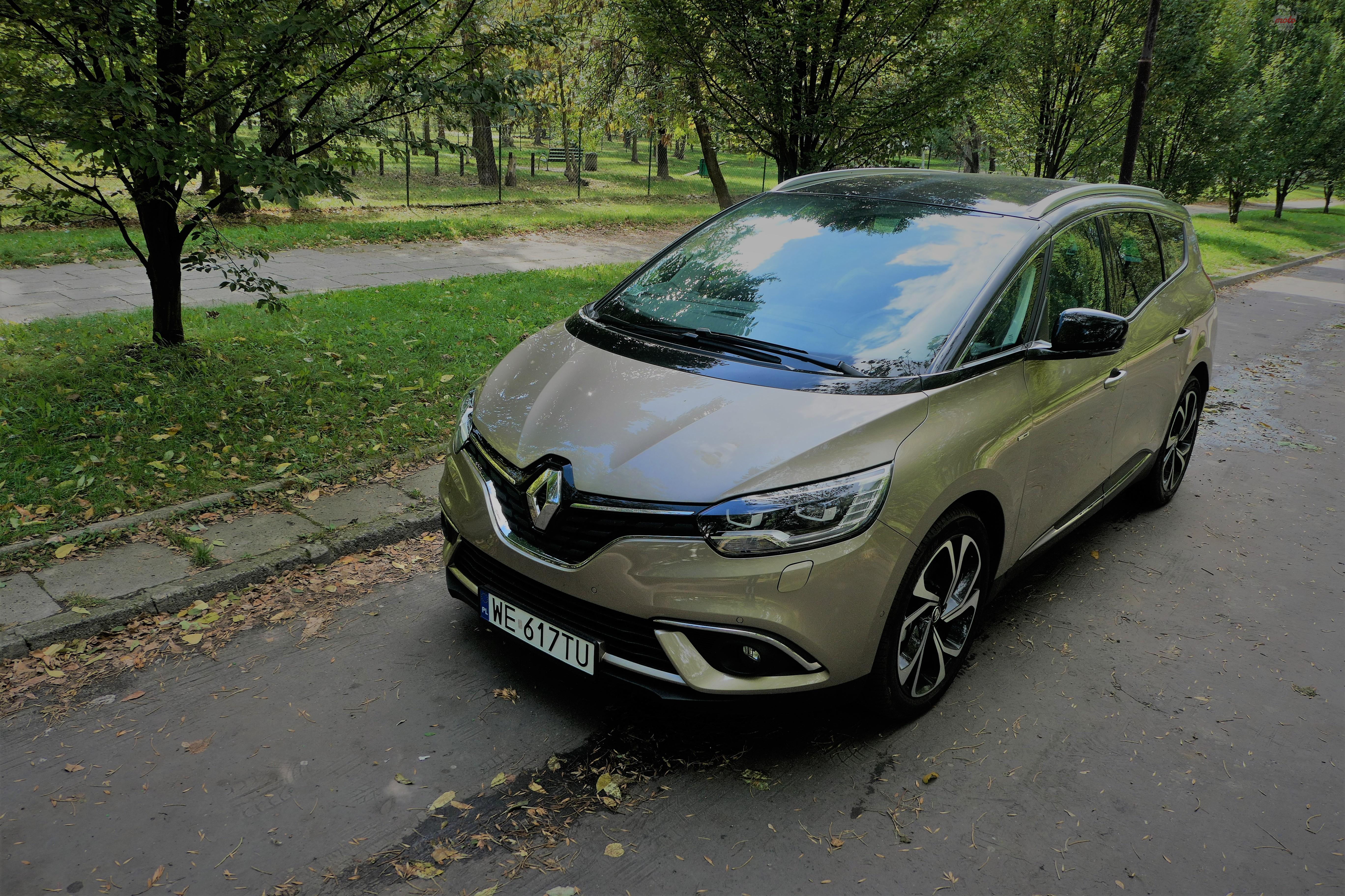 Renault Grand Scenic 15 Test: Renault Grand Scenic 1,3 tCe   wielki tylko ciałem