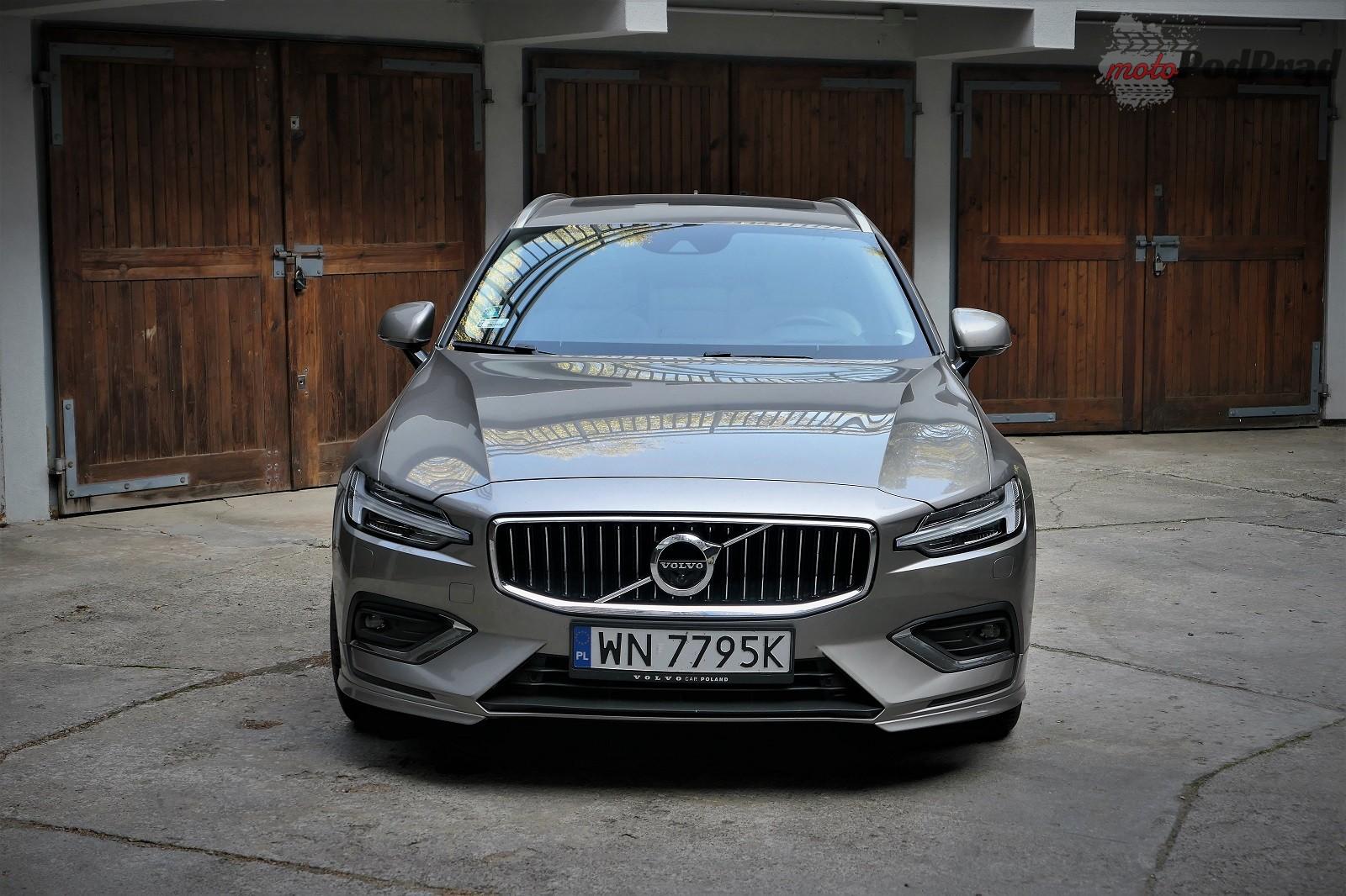 Volvo V60 32 Test: Volvo V60 D4   chłodno i elegancko