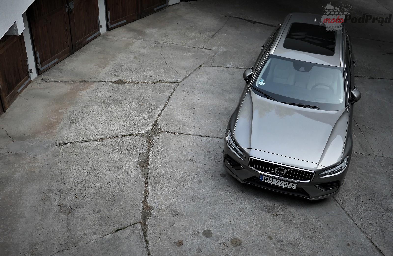 Volvo V60 43 Test: Volvo V60 D4   chłodno i elegancko