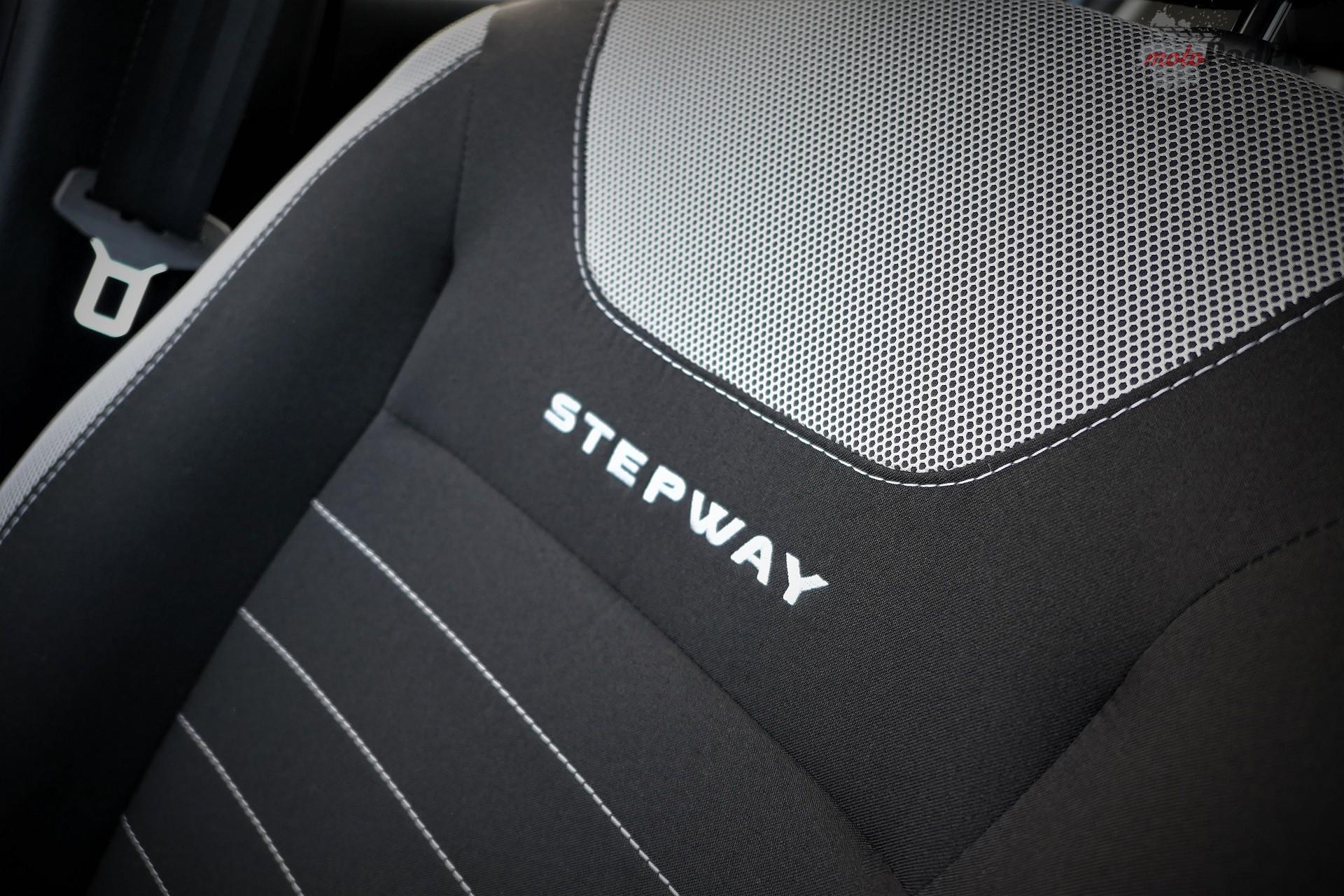 Dacia Sandero Stepway 23 Test: Dacia Sandero Stepway   w prostocie siła