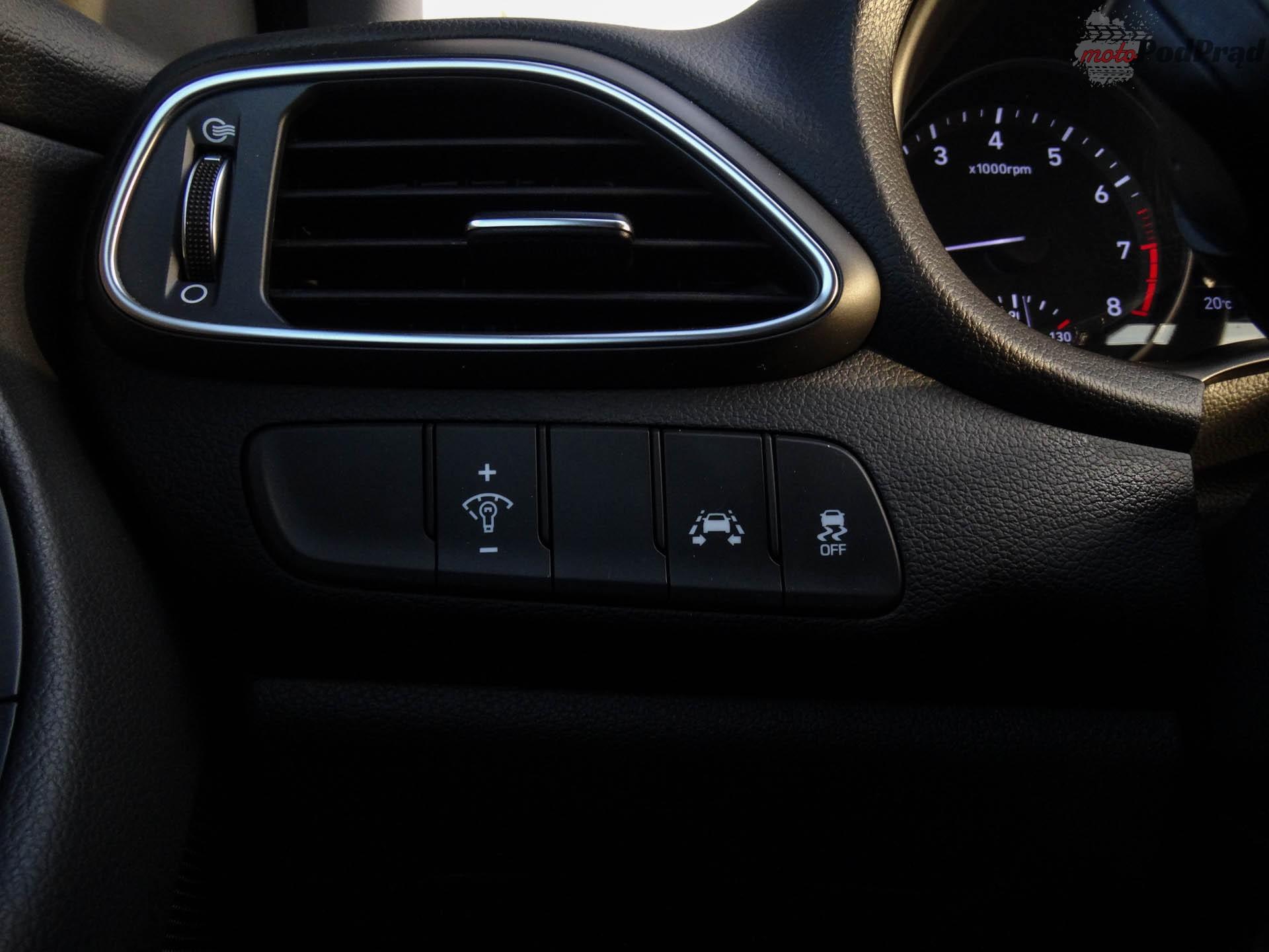 Hyundai i30 fastback 14 Test: Hyundai i30 fastback czyli kolejny krok milowy marki