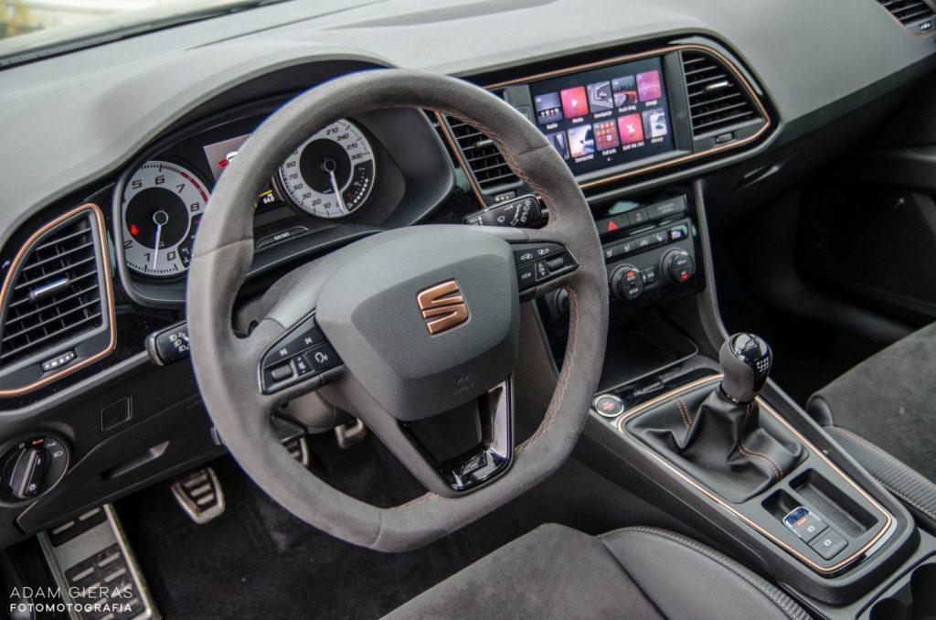 Cupra R 310 21 1024x678 Minitest: Seat Leon Cupra R   murowany youngtimer