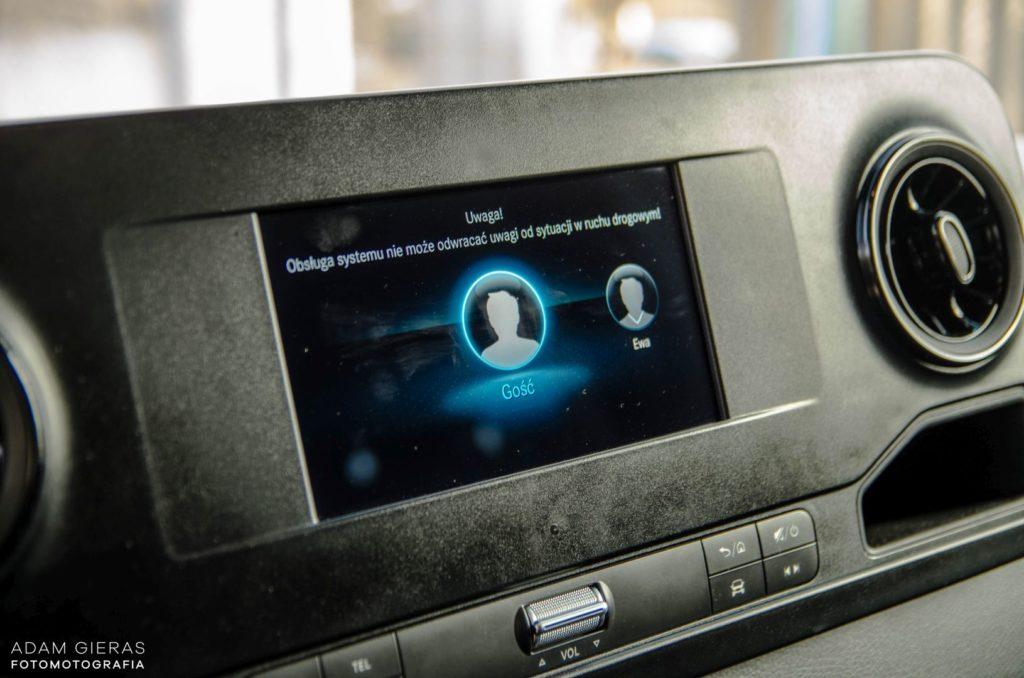 Mercedes Sprinter 25 1024x678 Mercedes Benz Sprinter 314 CDI – Dostawczakiem w XXI wiek