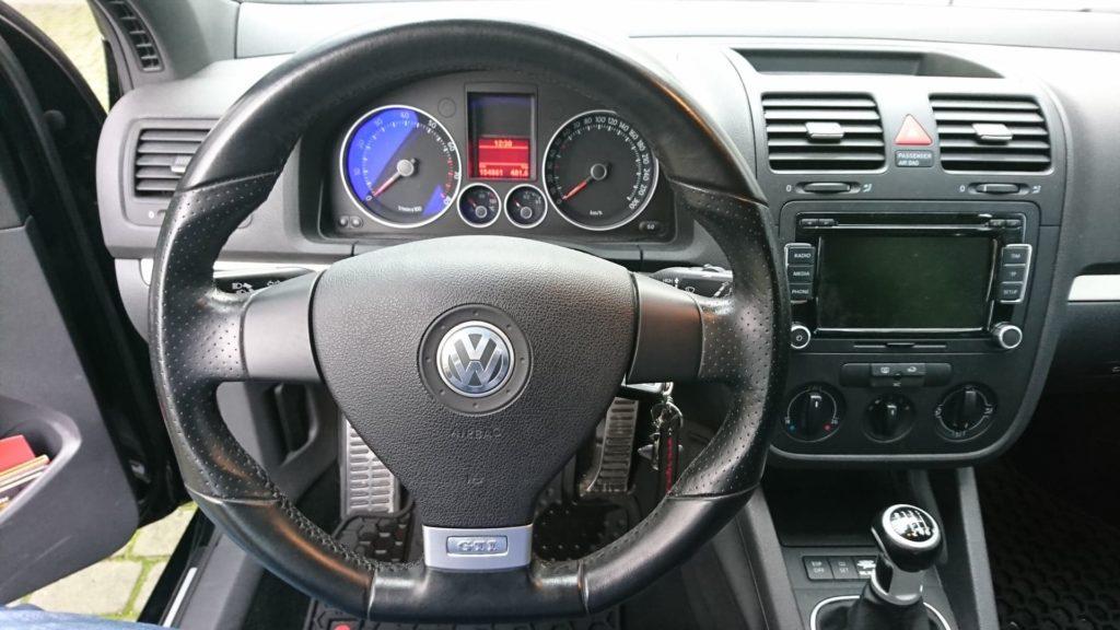 1 2 1024x576 Wyszukany Polecany: VW Golf V GTI 2.0 TFSI 200 KM