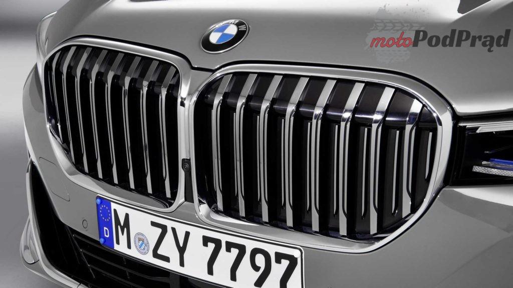 2020 bmw 7 series 2 1024x576 BMW 7 FL   frontalny atak