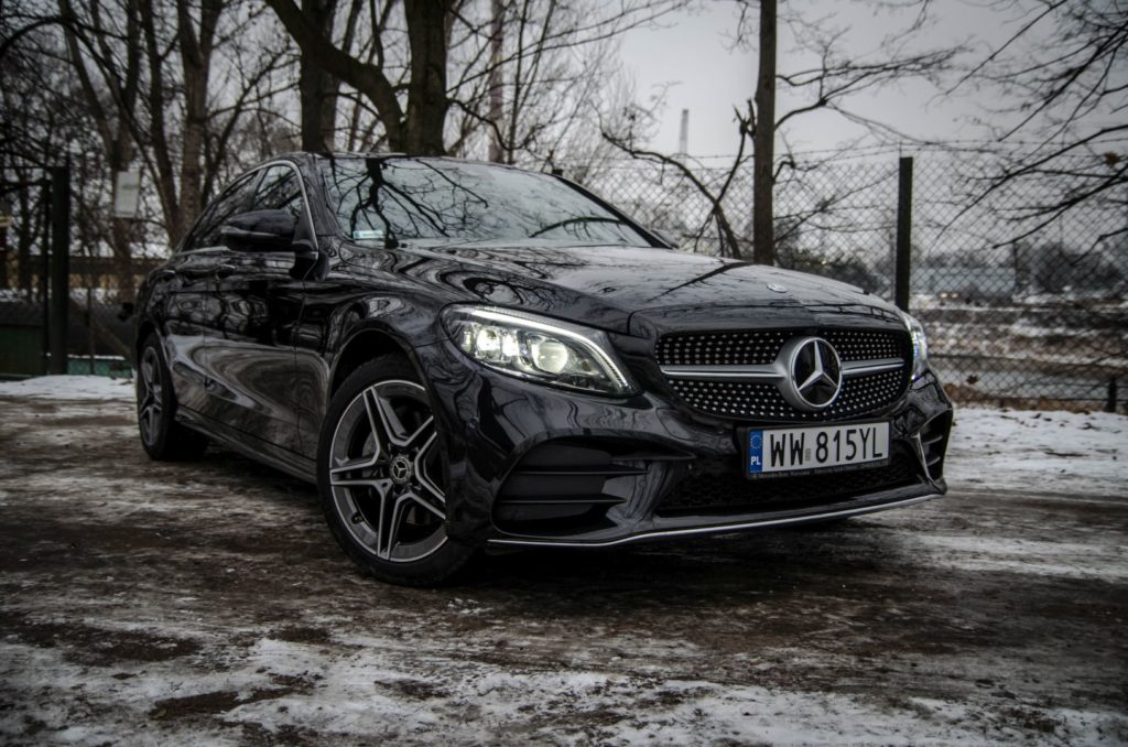 Mercedes Cklasa 1 1024x678 Test: Mercedes C 200 4MATIC EQ Boost   komforcie, gdzie jesteś?