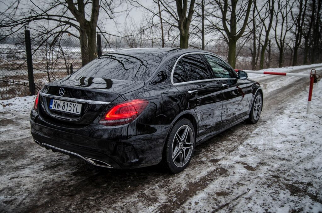 Mercedes Cklasa 3 1024x678 Test: Mercedes C 200 4MATIC EQ Boost   komforcie, gdzie jesteś?