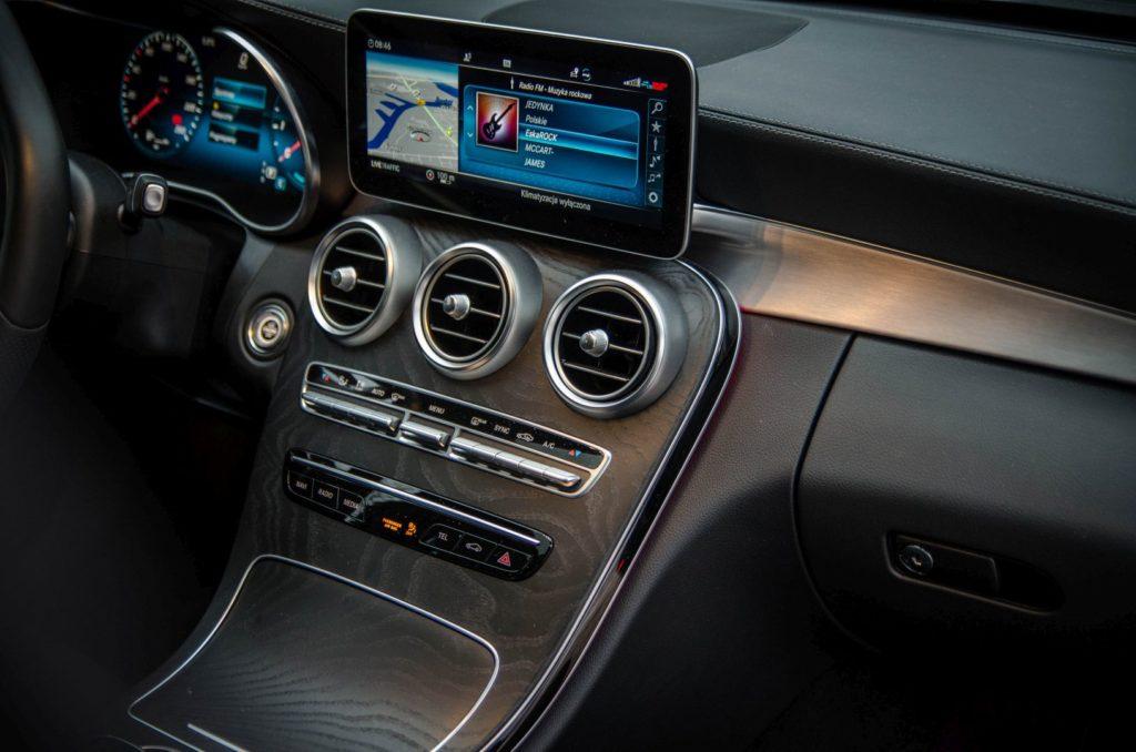 Mercedes Cklasa 33 1024x678 Test: Mercedes C 200 4MATIC EQ Boost   komforcie, gdzie jesteś?