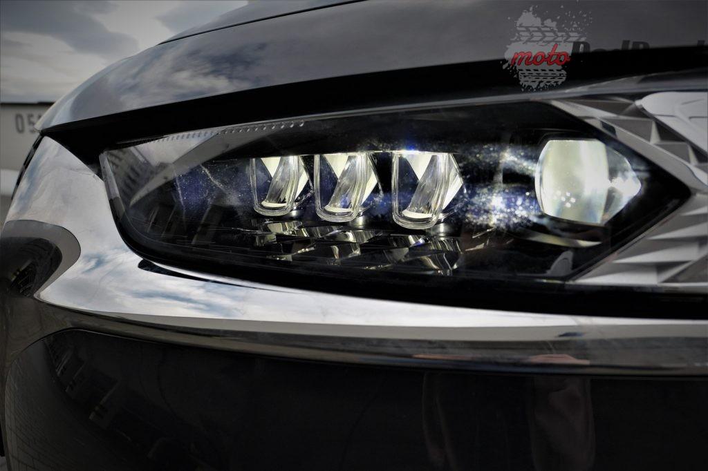 1a. reflektory 1024x682 5 efektów WOW w nowym DS7 Crossback