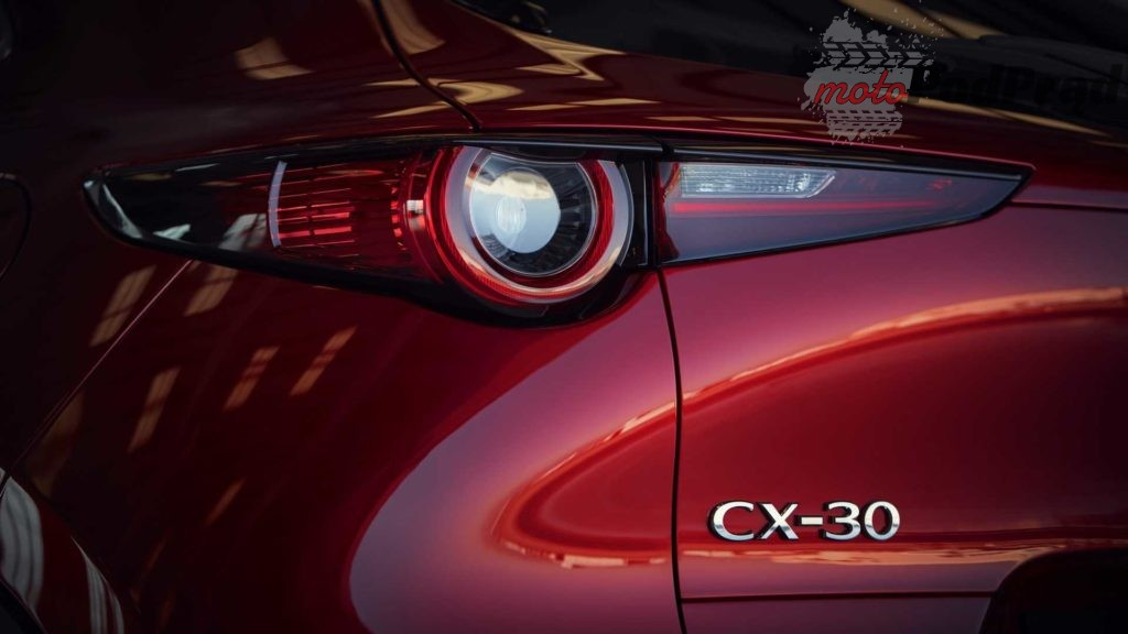 mazda cx 30 2 1024x576 Czekasz na Mazdę CX 4? Nie będzie jej, ale jest CX 30