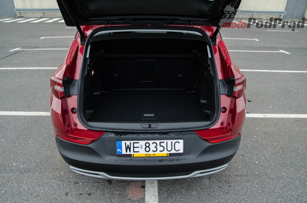 Opel Grandland 11 1024x678 Test: Opel Grandland X 1.5 Turbo D AT8 Elite – Crossover idealny?