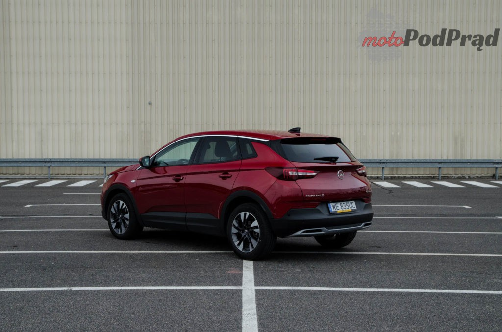 Opel Grandland 9 1024x678 Test: Opel Grandland X 1.5 Turbo D AT8 Elite – Crossover idealny?