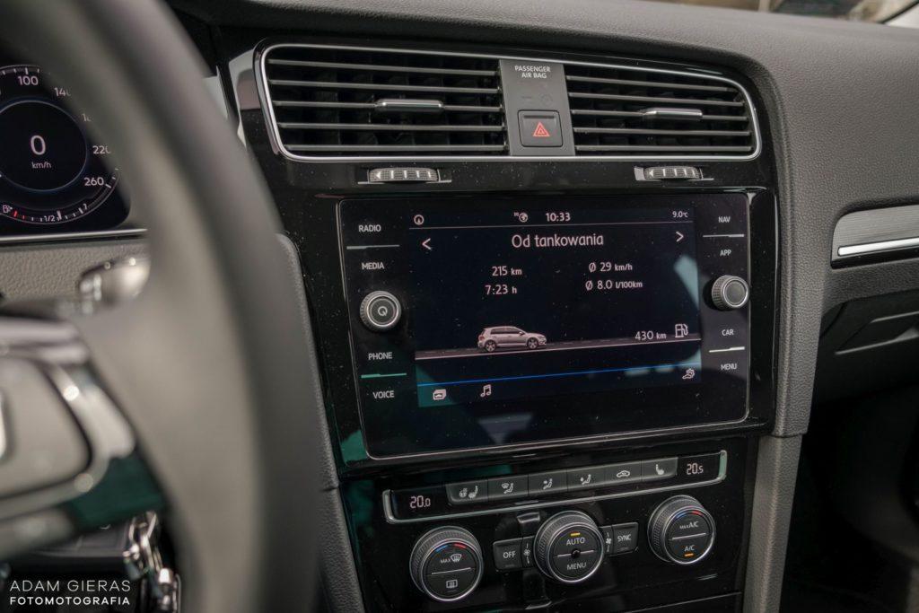 golf tsi 19 1024x683 Test: Volkswagen Golf 1.5 TSI 130 KM   kondycja króla nadal dobra?