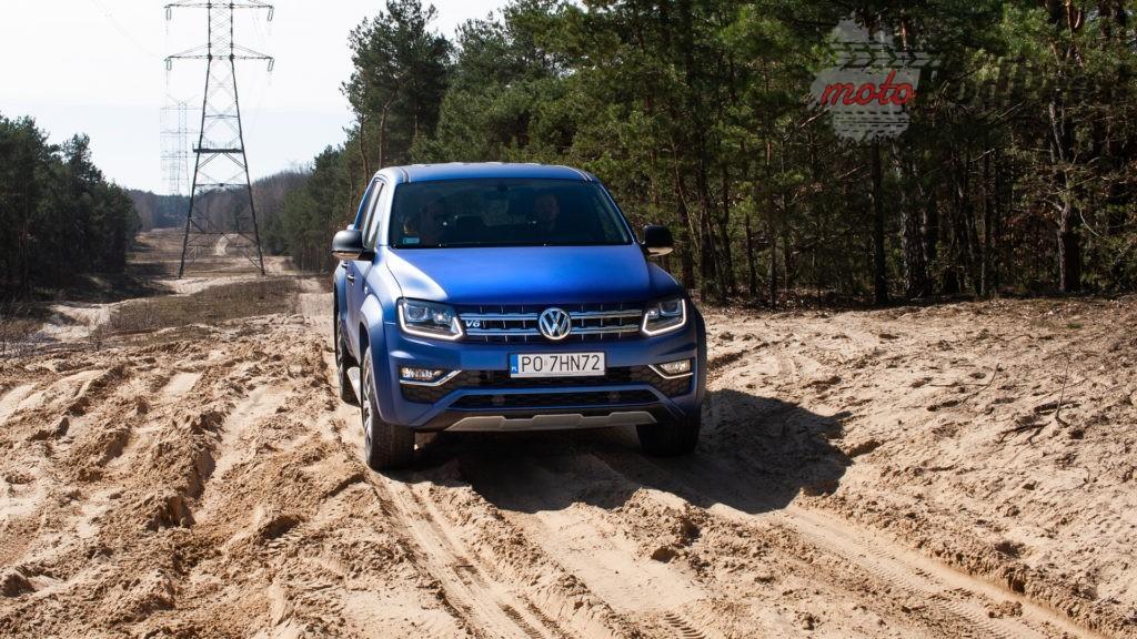 volkswagen amarok v6 10 1024x576 Porównanie: Volkswagen Amarok Aventura V6 3.0 TDI VS. Mercedes X350d V6 – mocarny pojedynek