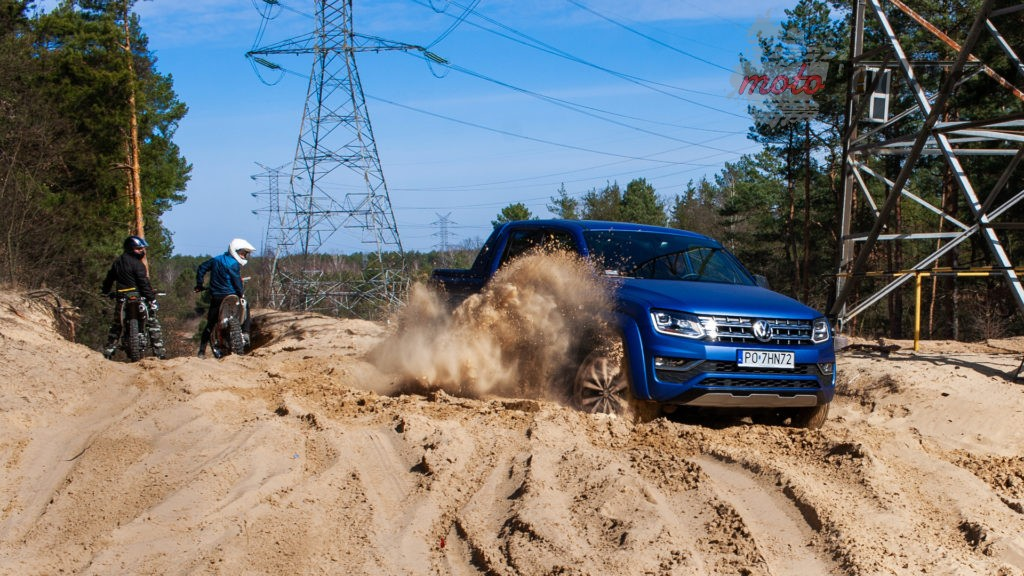 volkswagen amarok v6 11 1024x576 Volkswagen Amarok Aventura V6 3.0 TDI VS. Mercedes X350d V6 – mocarny pojedynek