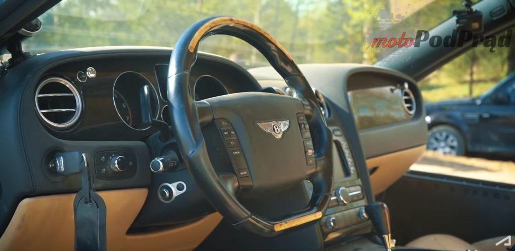 2019 05 13 16 09 27 Bentley Ultratank. Первый выезд. YouTube 1024x499 Zrobili z Bentleya czołg