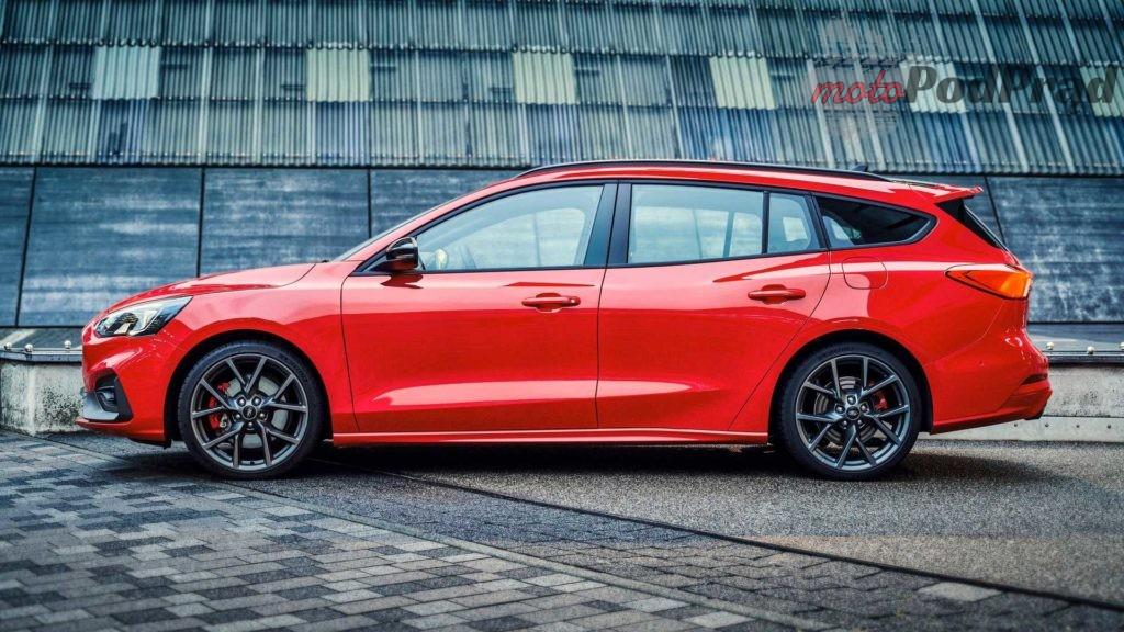 2019 ford focus st wagon 1024x576 Hot hatch + kufer = Focus ST kombi