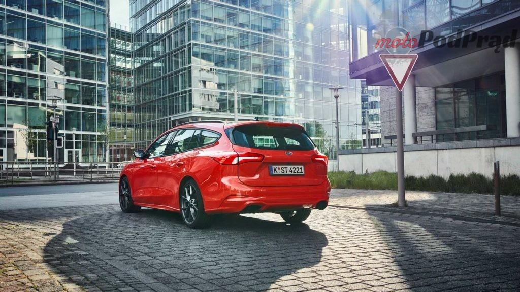 2019 ford focus st wagon 4 1024x576 Hot hatch + kufer = Focus ST kombi