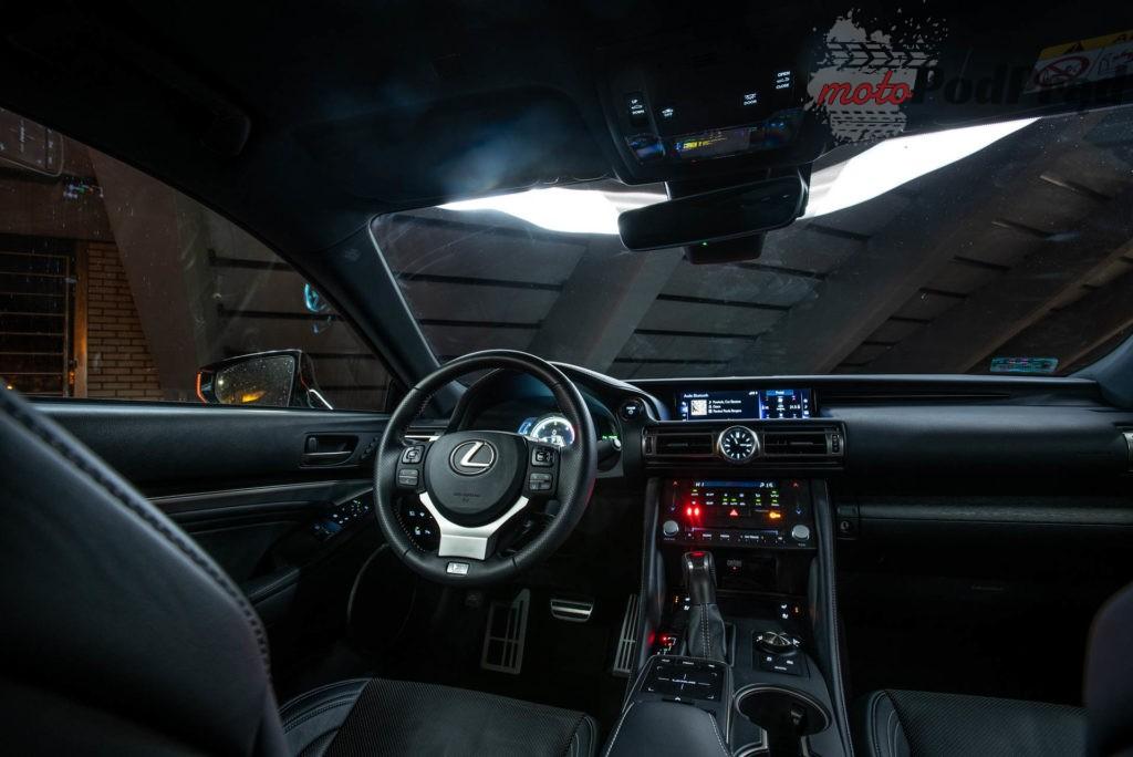 Lexus RC 21 1024x684 Test: Lexus RC 300h   owca w wilczej skórze