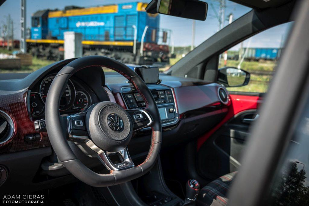 up wnetrze 1 1024x683 Test: Volkswagen up! GTI   tylko nie mów o nim mały!