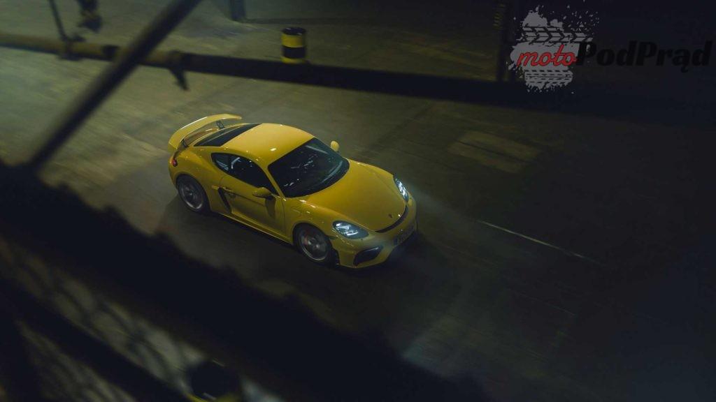 2019 porsche 718 cayman gt4 1024x576 Porsche serii 718   6 cylindrów powraca
